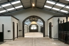 Equine-Construction-Cotswold-Club-Indoor-Stables